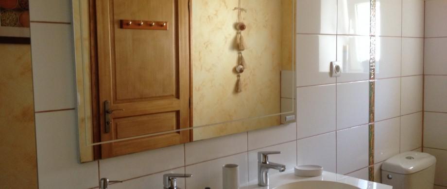 Salle de bain gite des roises en Meuse à thillot